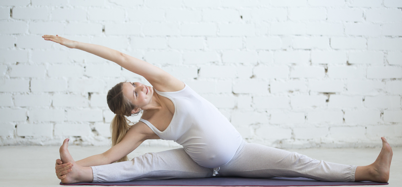 Pregnant+Woman+performing+yoga+pose.jpg