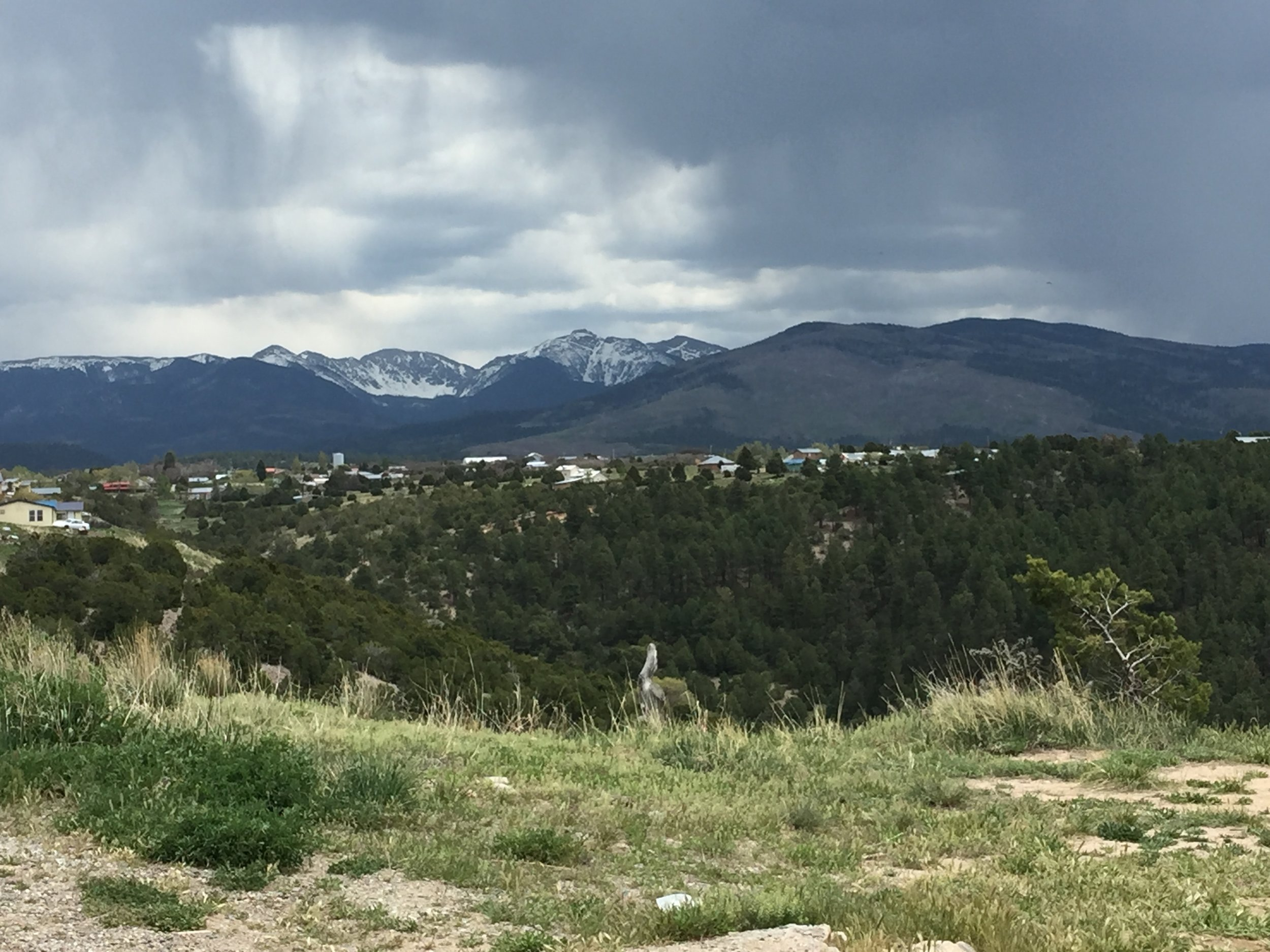 Storms rolling in over the Sangre de Cristo's while we ate lunch in Truchas