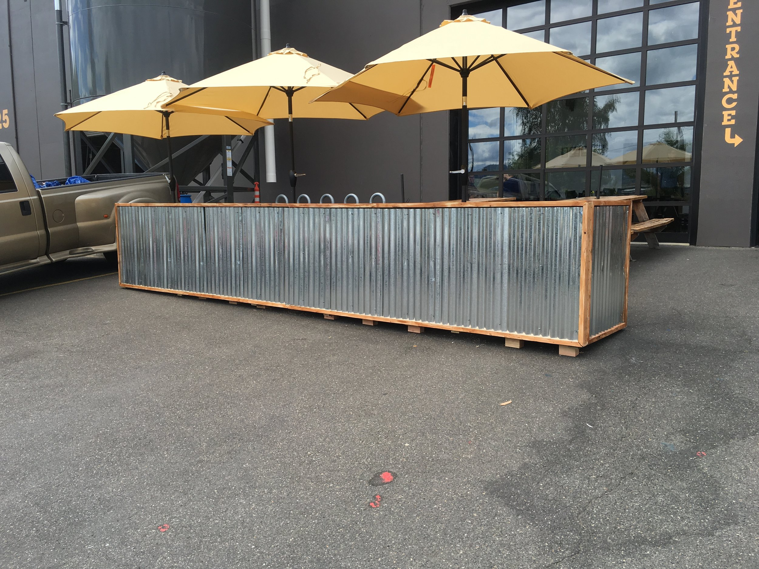 Outdoor seating booth