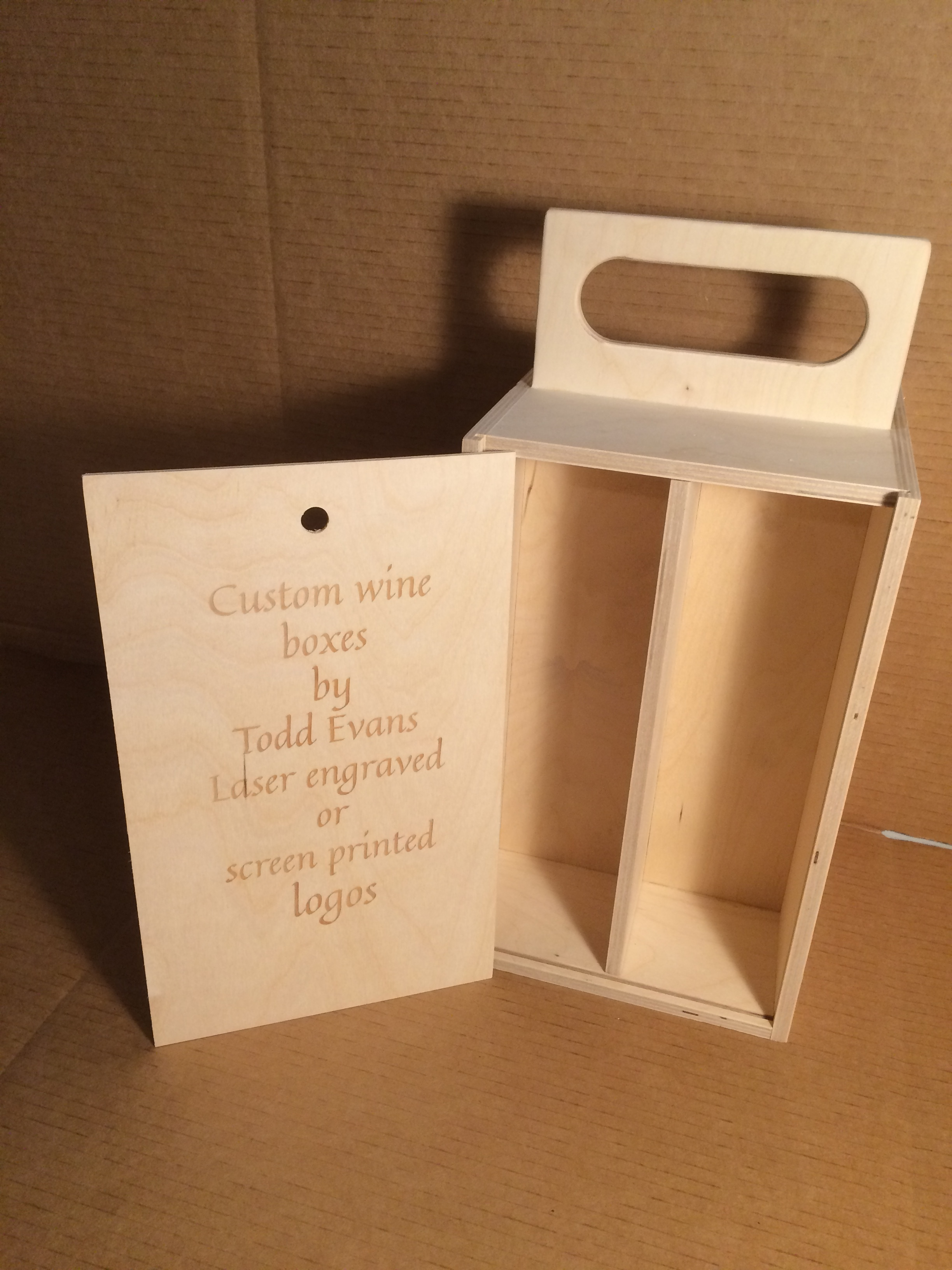 Four bottle two sided box with handle