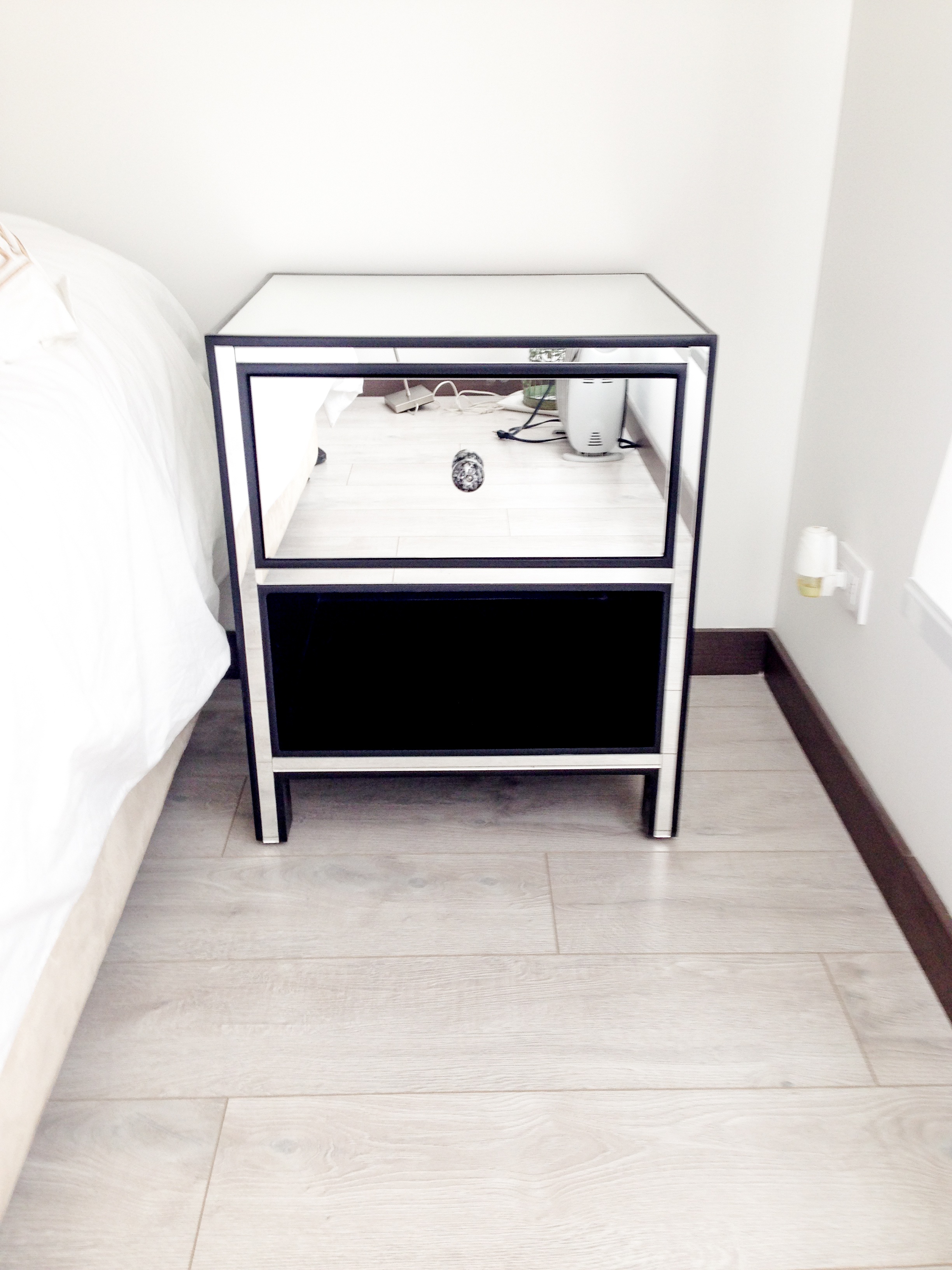 Mirrored Coco Side Table