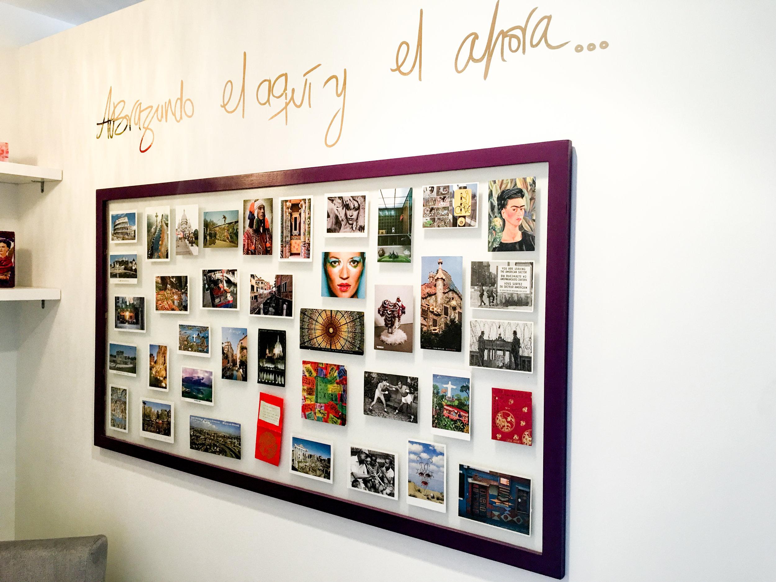 Travelers Postcard Wall Frame Decor