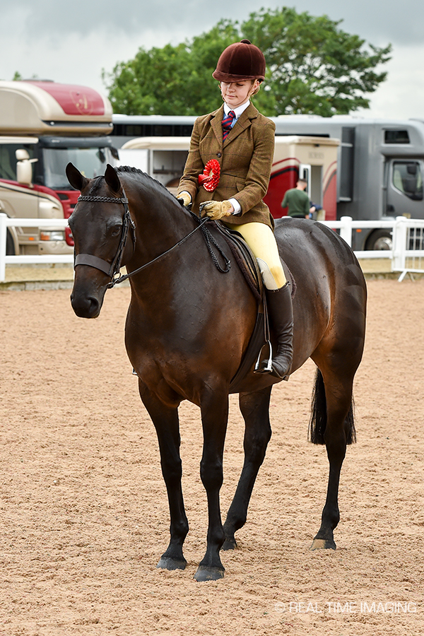 Martha Jobling- Pursar and Gemini's Classic Valentine during the prize giving