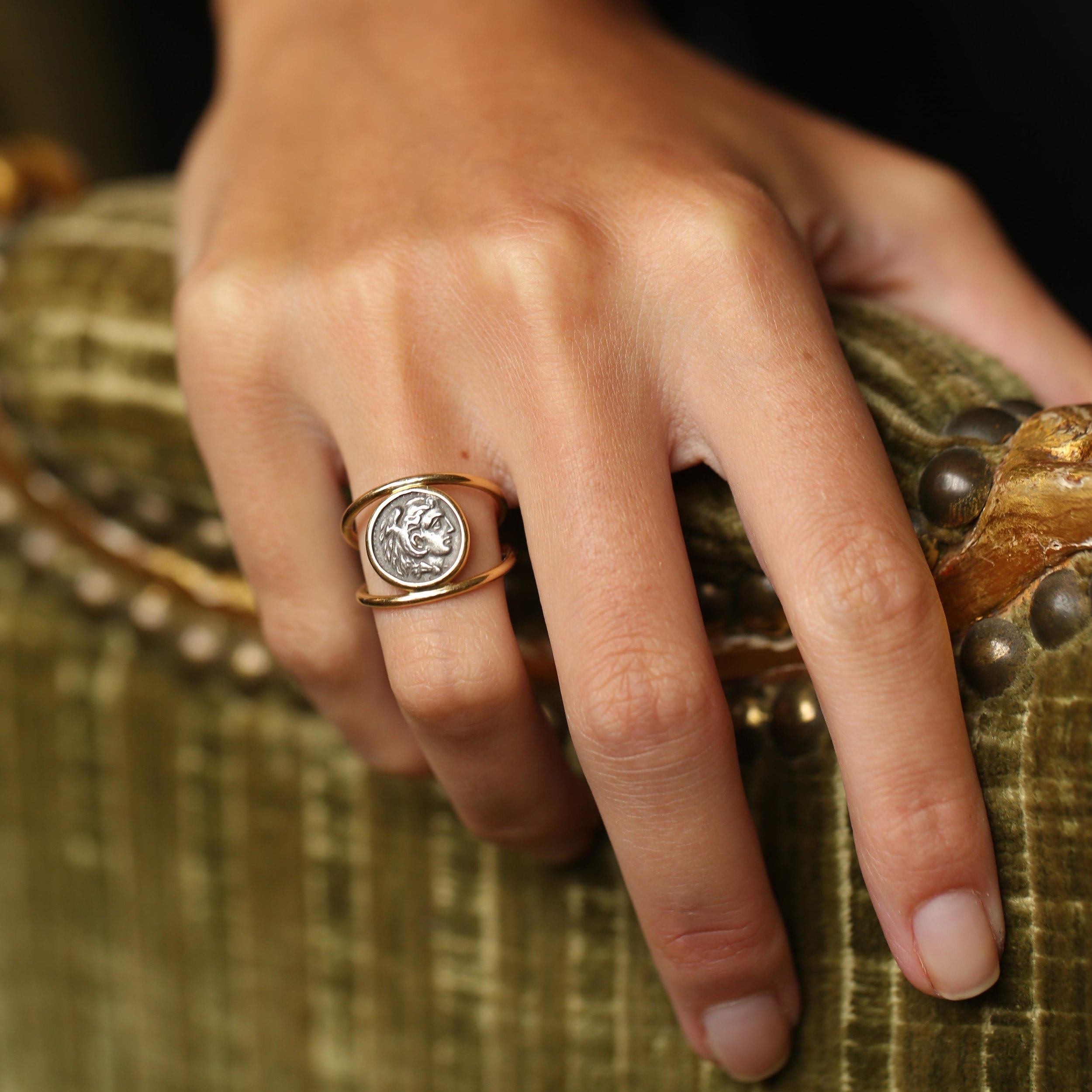 Benedetta's Armor: The Alexander the Great ring