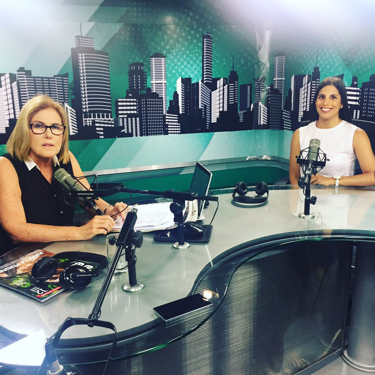 Entrevista con Mónica Delta en Capital Tv