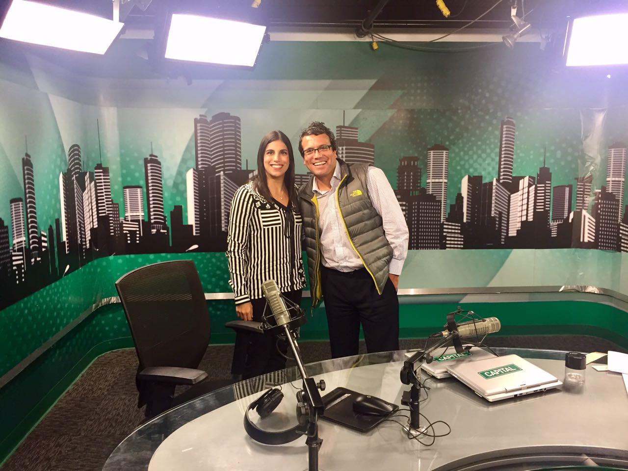 En el set de Capital TV con Christian Hudtwalker