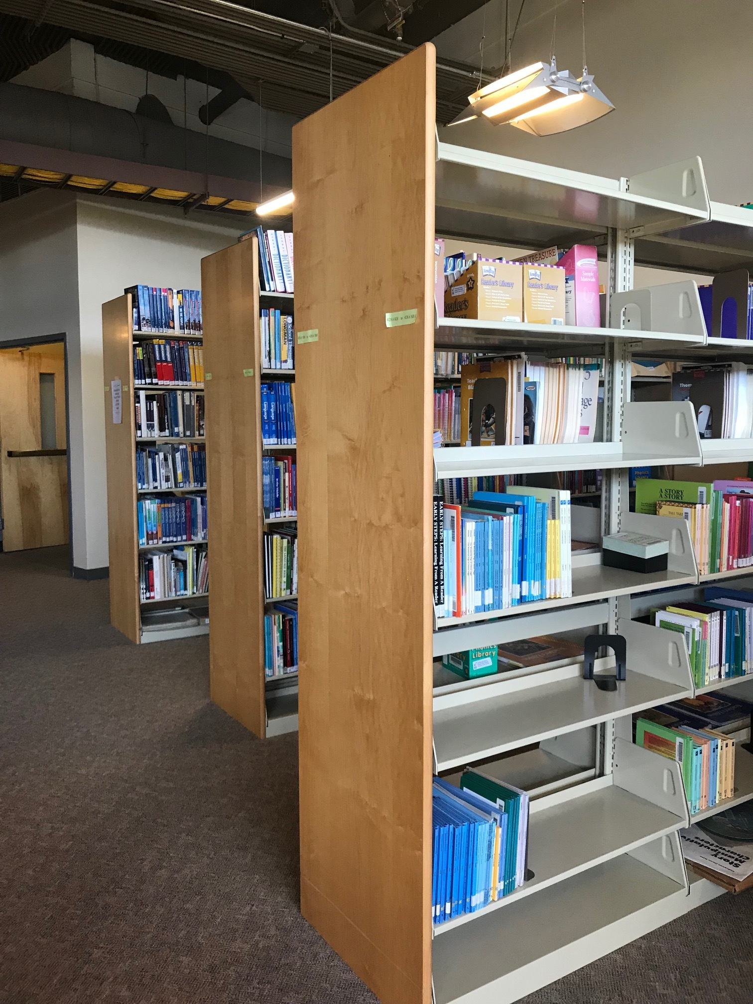 college_admissions_help_library