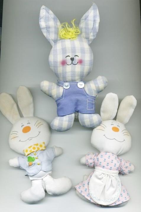 Three 1970s Hallmark bunnies ... one for each daughter