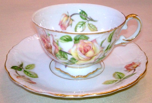 This cup and saucer was given to me by my aunt ... it had belonged to her mother-in-law. UCAGCO China cup and saucer made in Japan ... United China and Glass Company (UCAGCO)was based in the USA and was the distributor of many Japanese china patterns during the early 1950s.