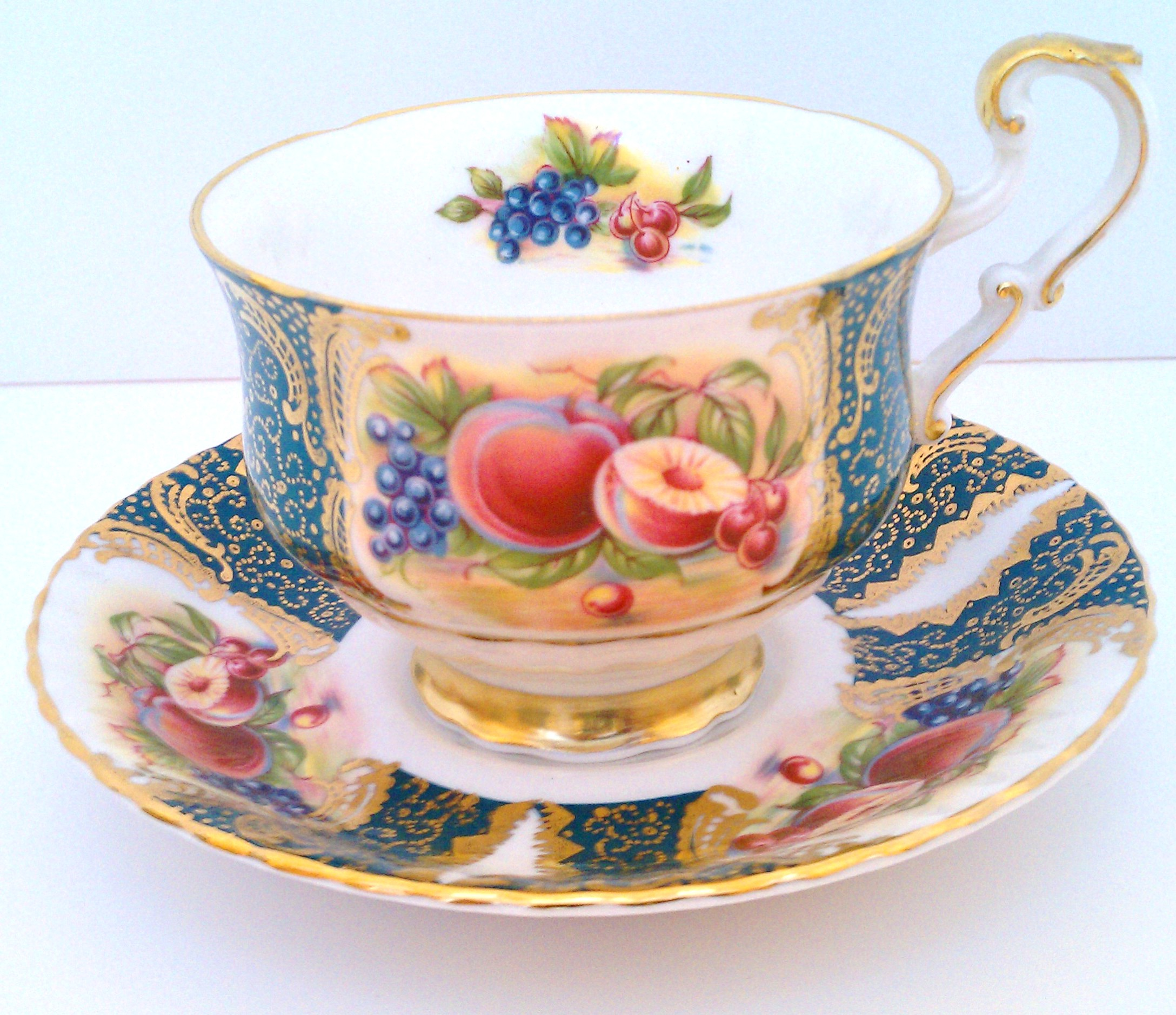 Peaches motif cup and saucer by Paragon China ... made in England