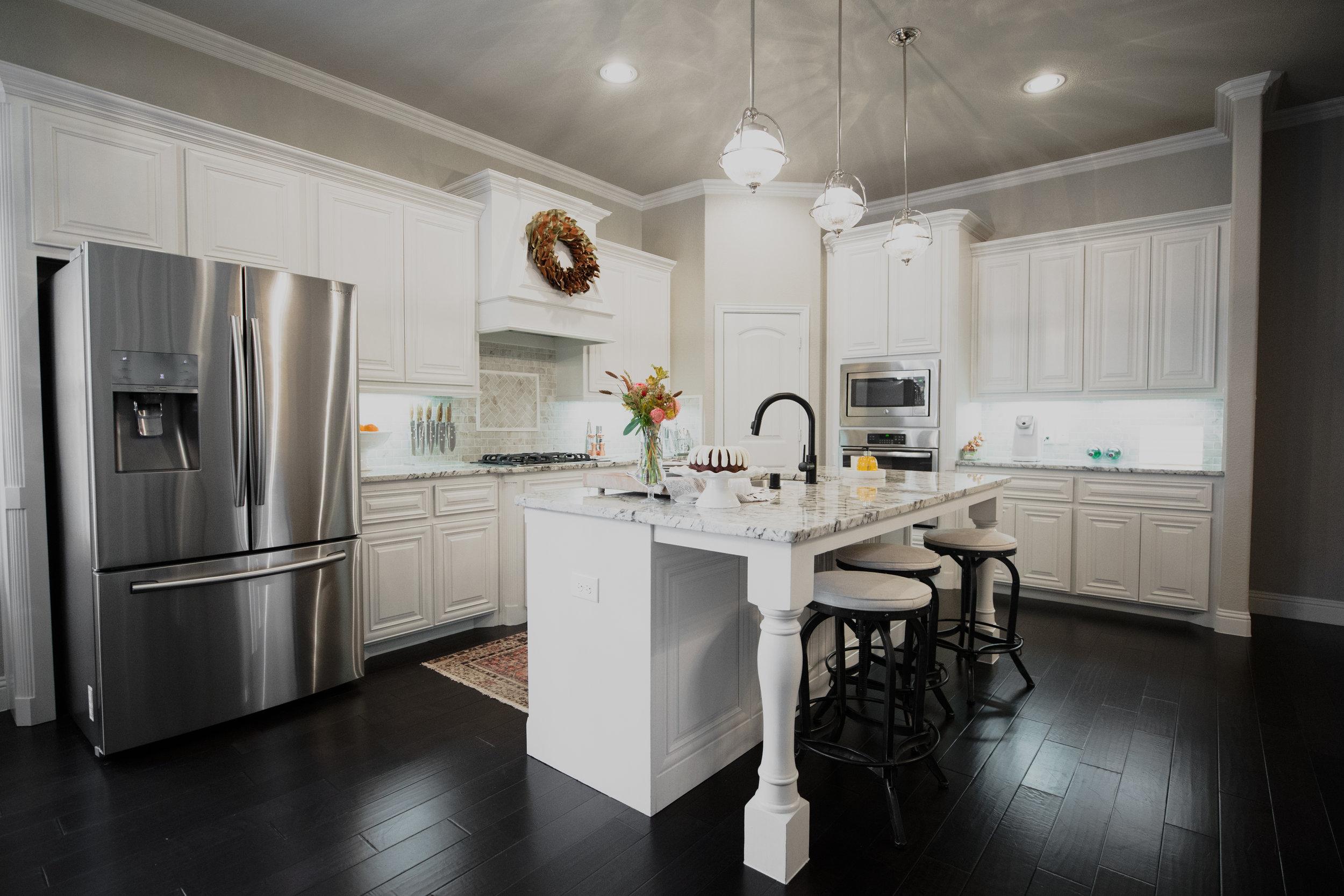 Neutral White Kitchen