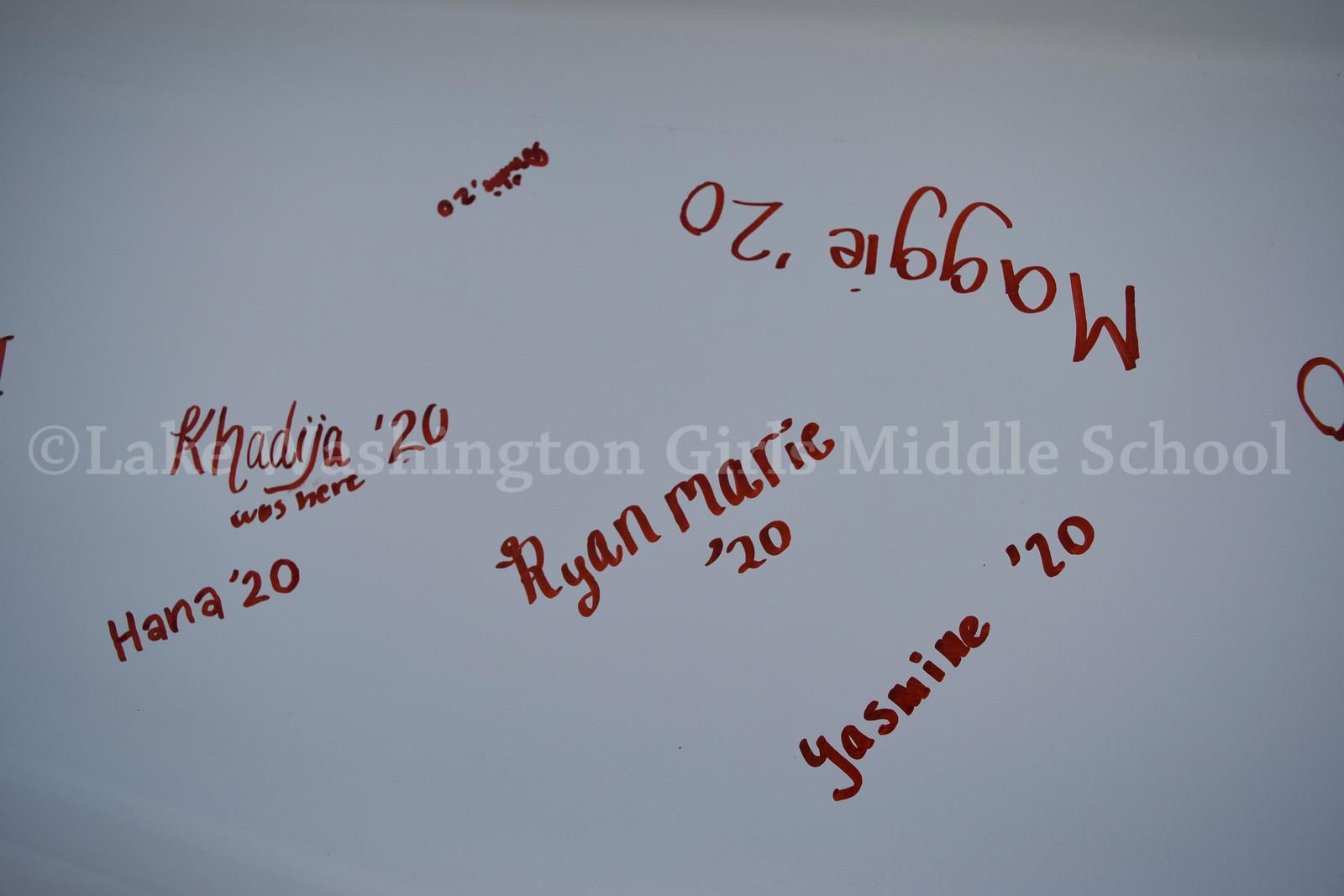 1819_Beam_Signing_10.jpg