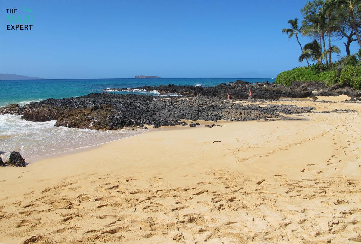 Paako Cove Maui.jpg