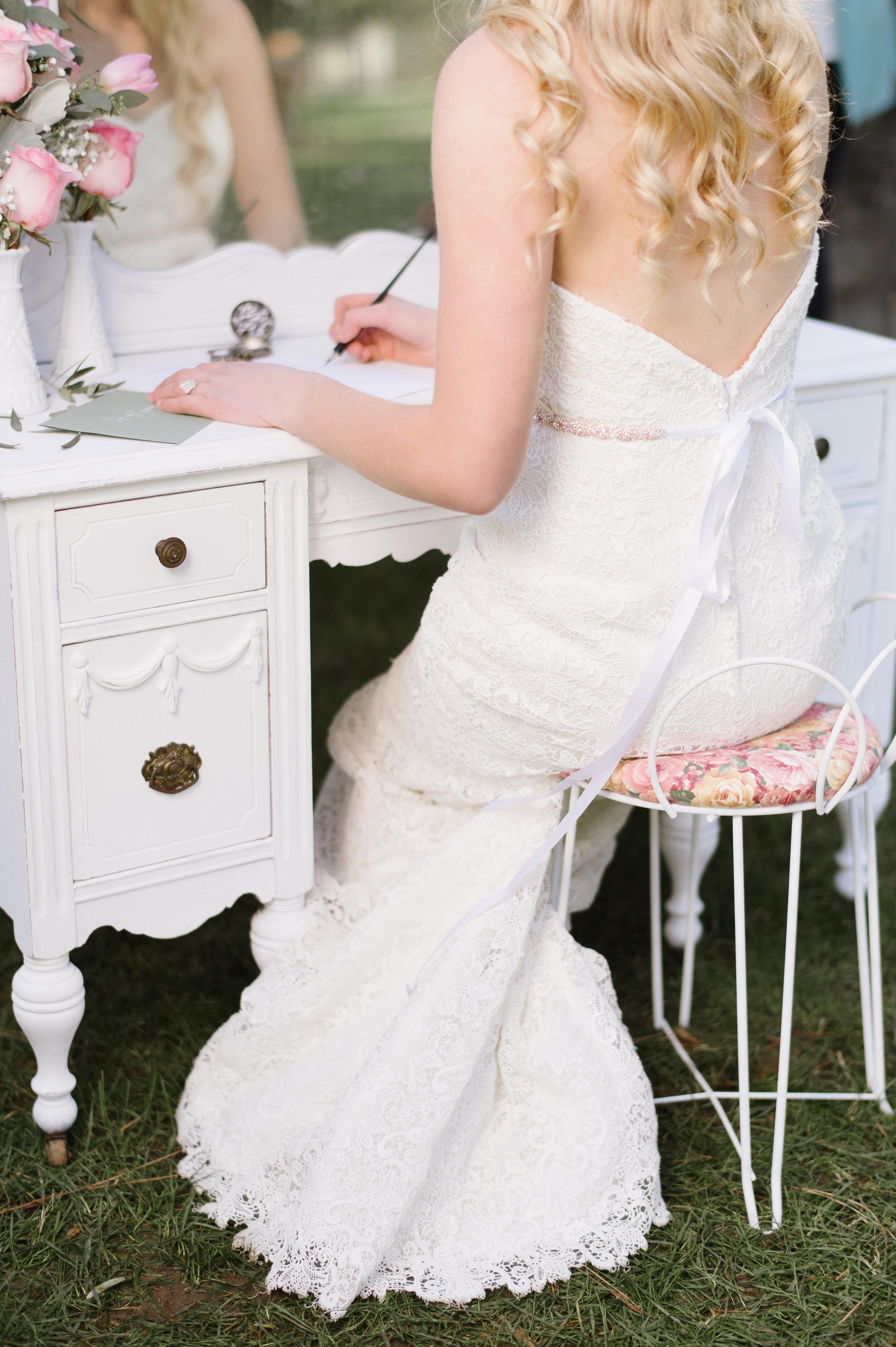 Bride Getting Ready-0054.jpg