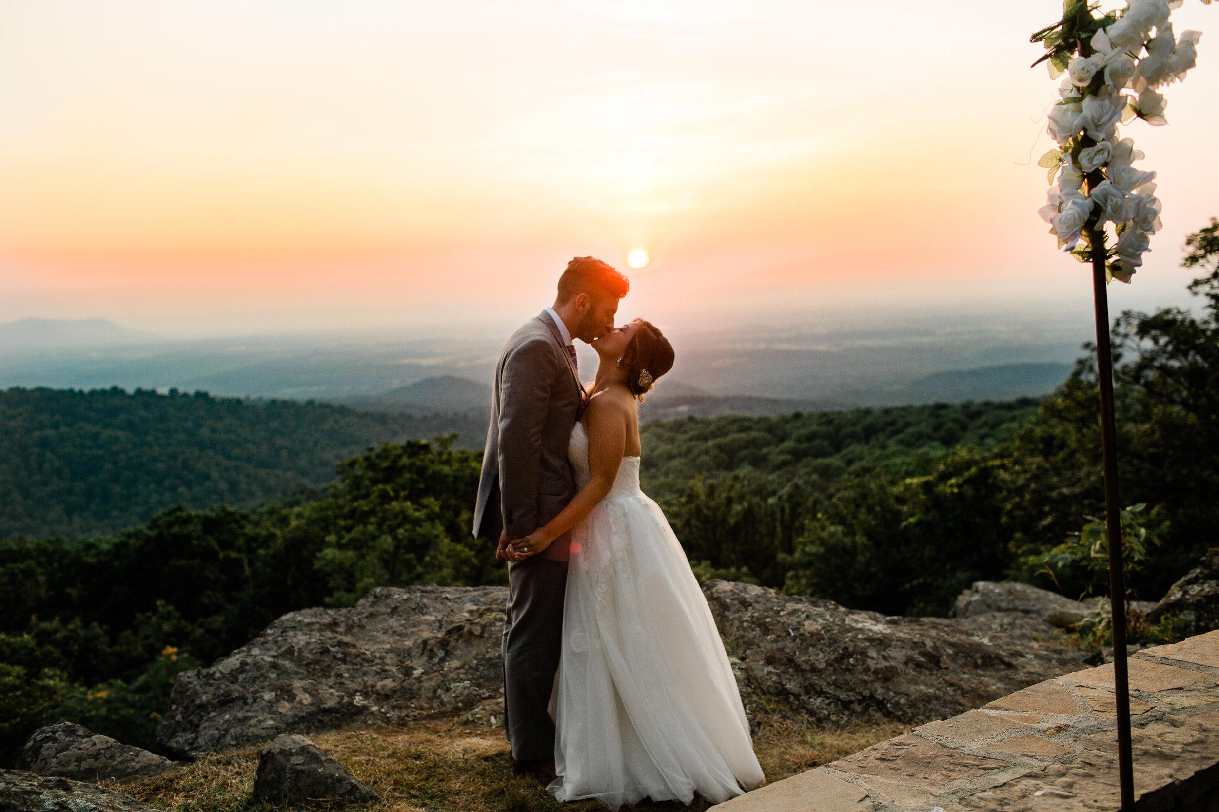 blue_mountain_lodge_wedding-780.jpg