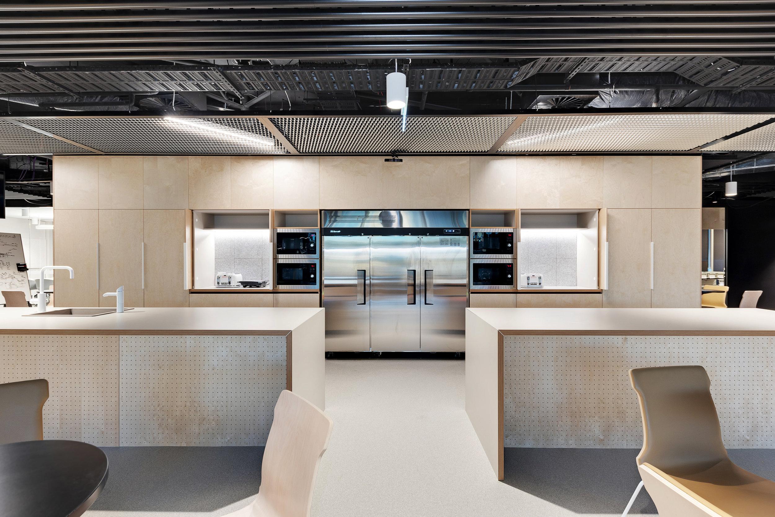 Kitchen - Photo 4.jpg