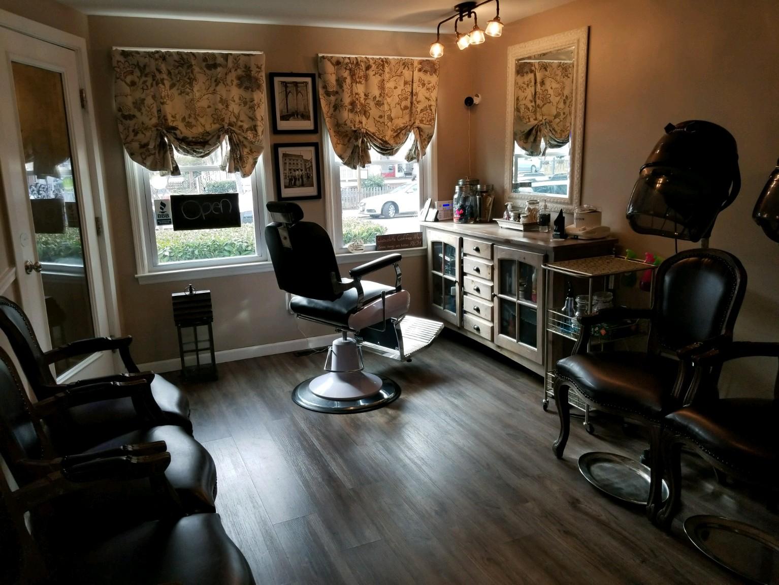 Joi Dreams Salon -
