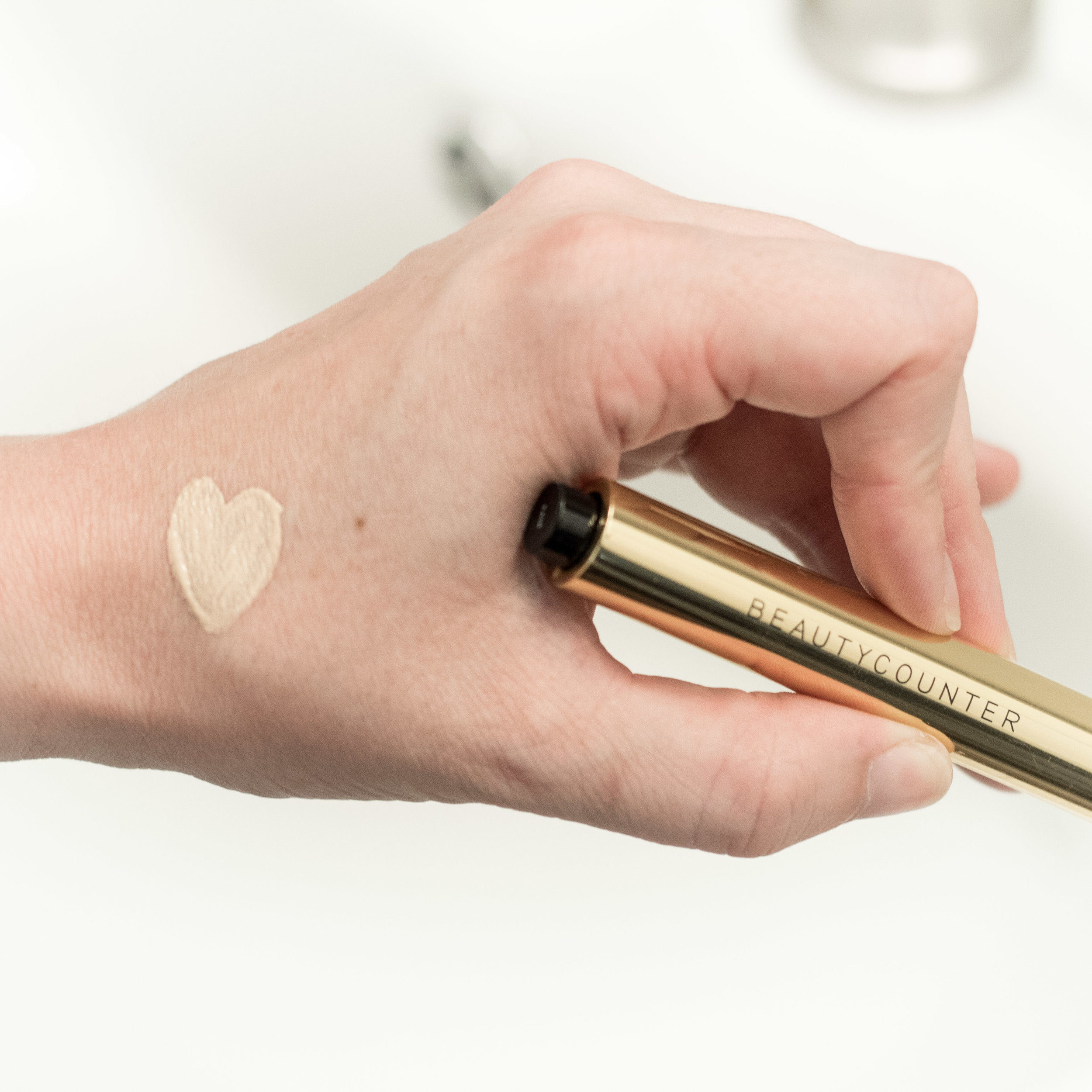 Beauty Counter's Flawless in Five Concealer