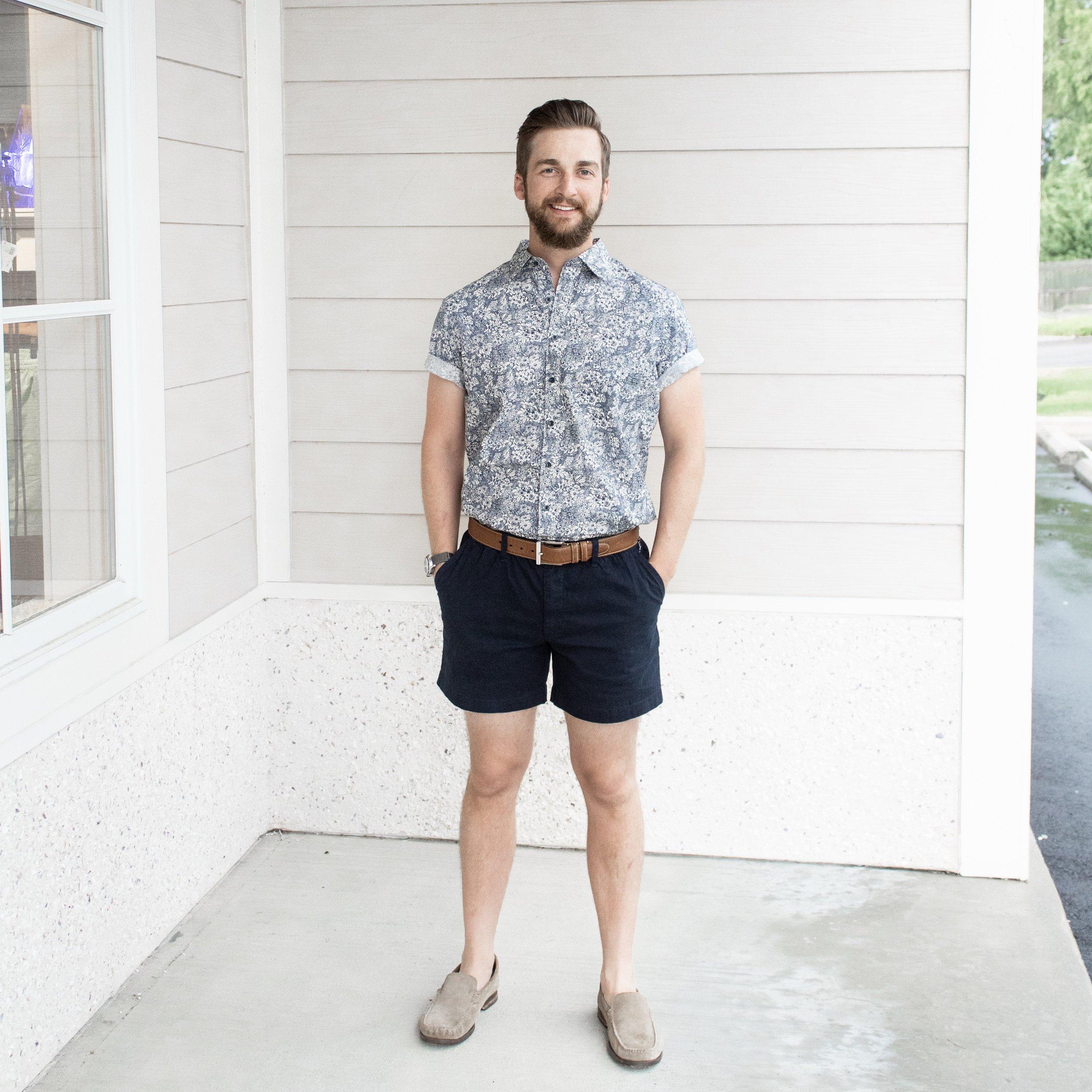 Navy Chubbies Shorts | A Demure Life Blog