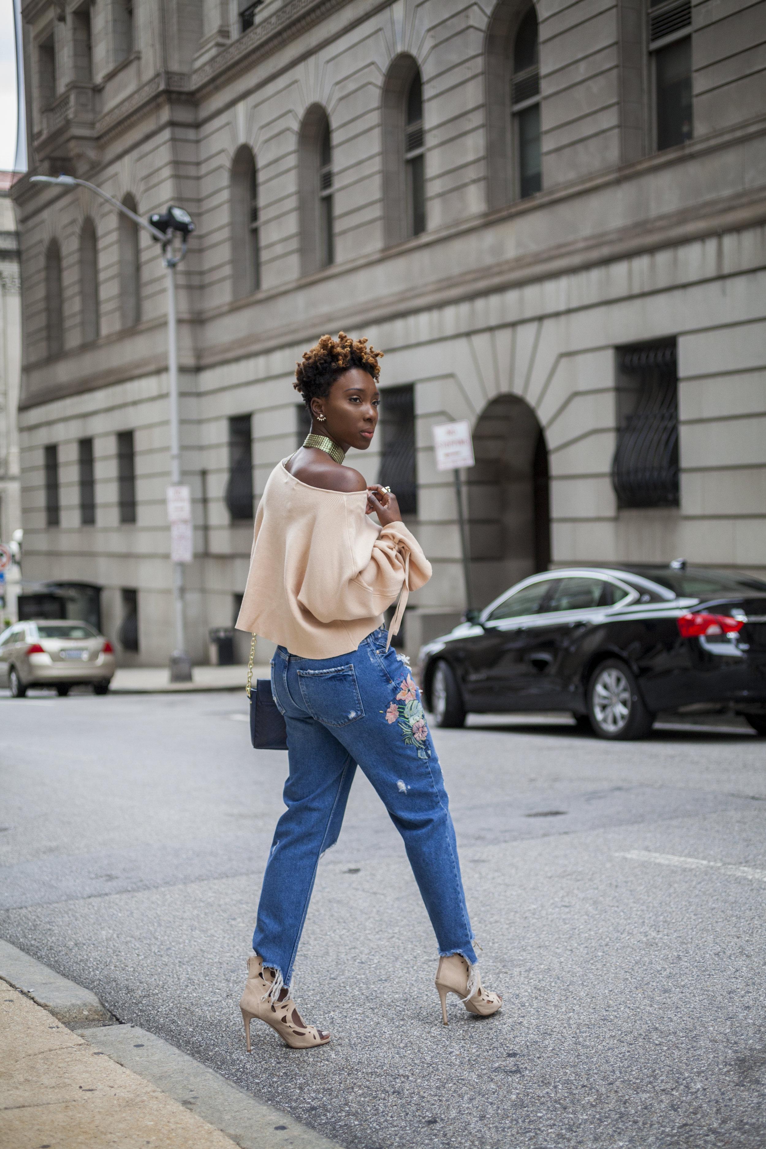 Dayna-Bolden-zara-off-the-shoulder-top-detail-sleeves-zara-patched-denim-jeans-5.jpg