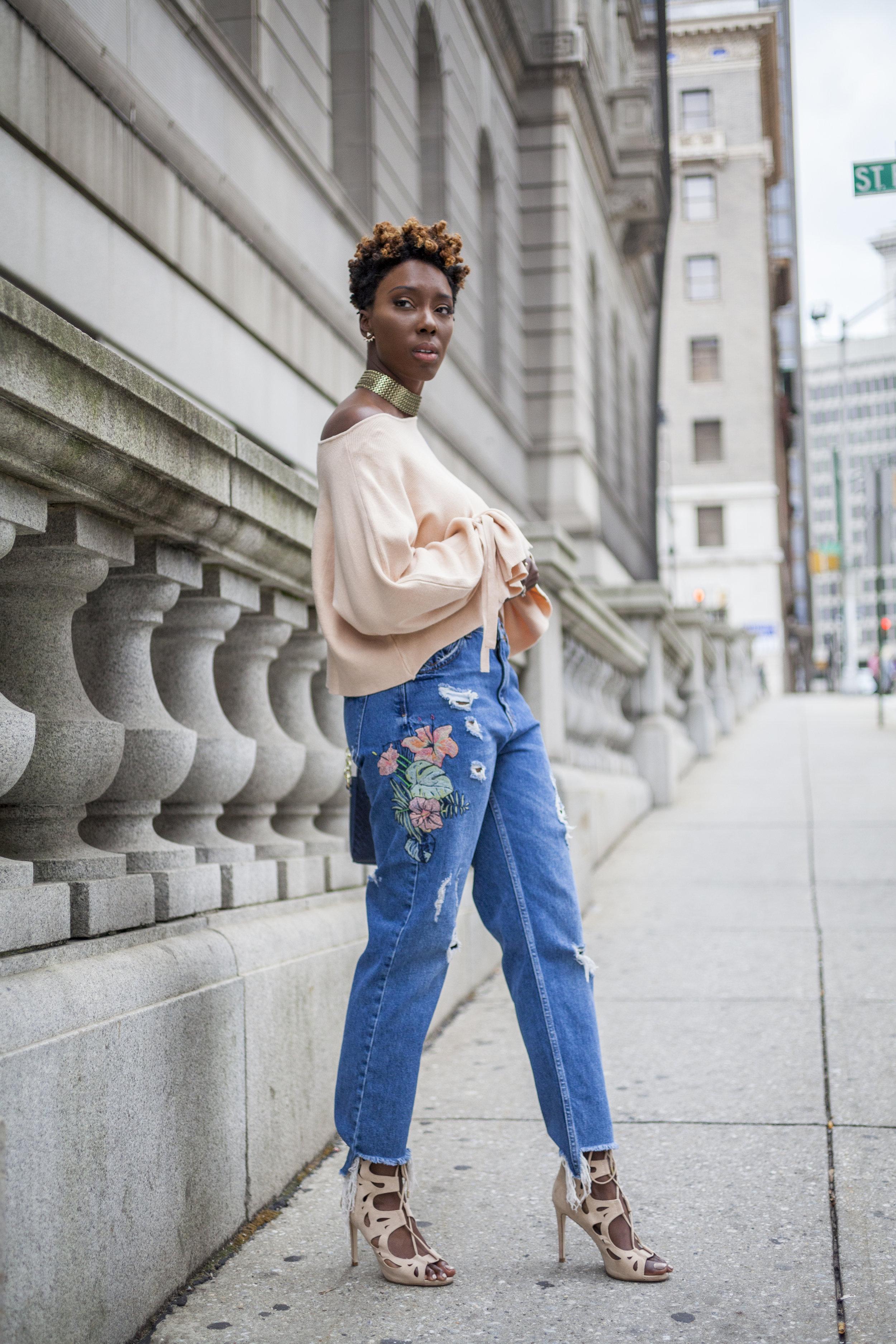 Dayna-Bolden-zara-off-the-shoulder-top-detail-sleeves-zara-patched-denim-jeans-8.jpg
