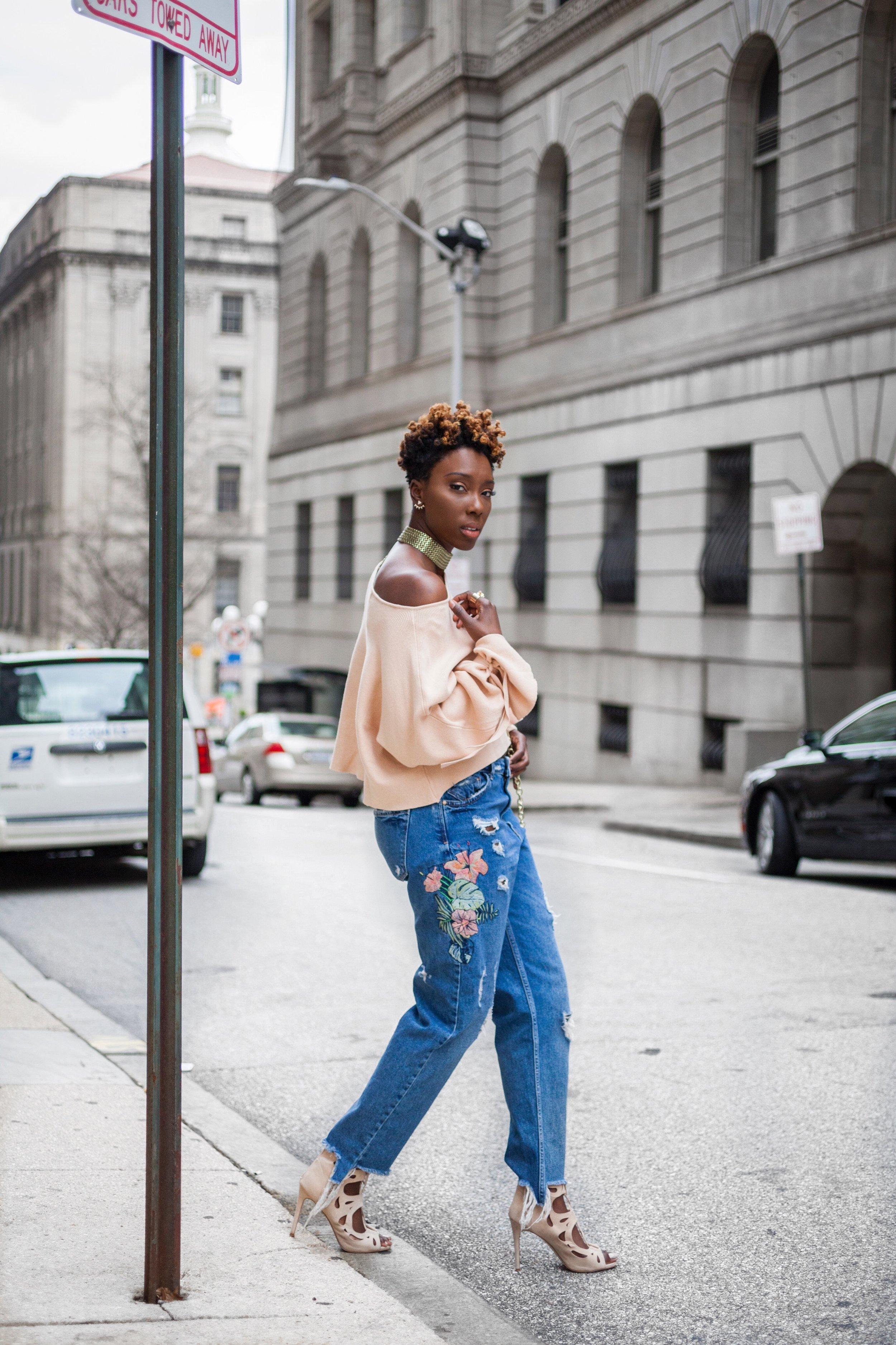 Dayna-Bolden-zara-off-the-shoulder-top-detail-sleeves-zara-patched-denim-jeans-7.jpg