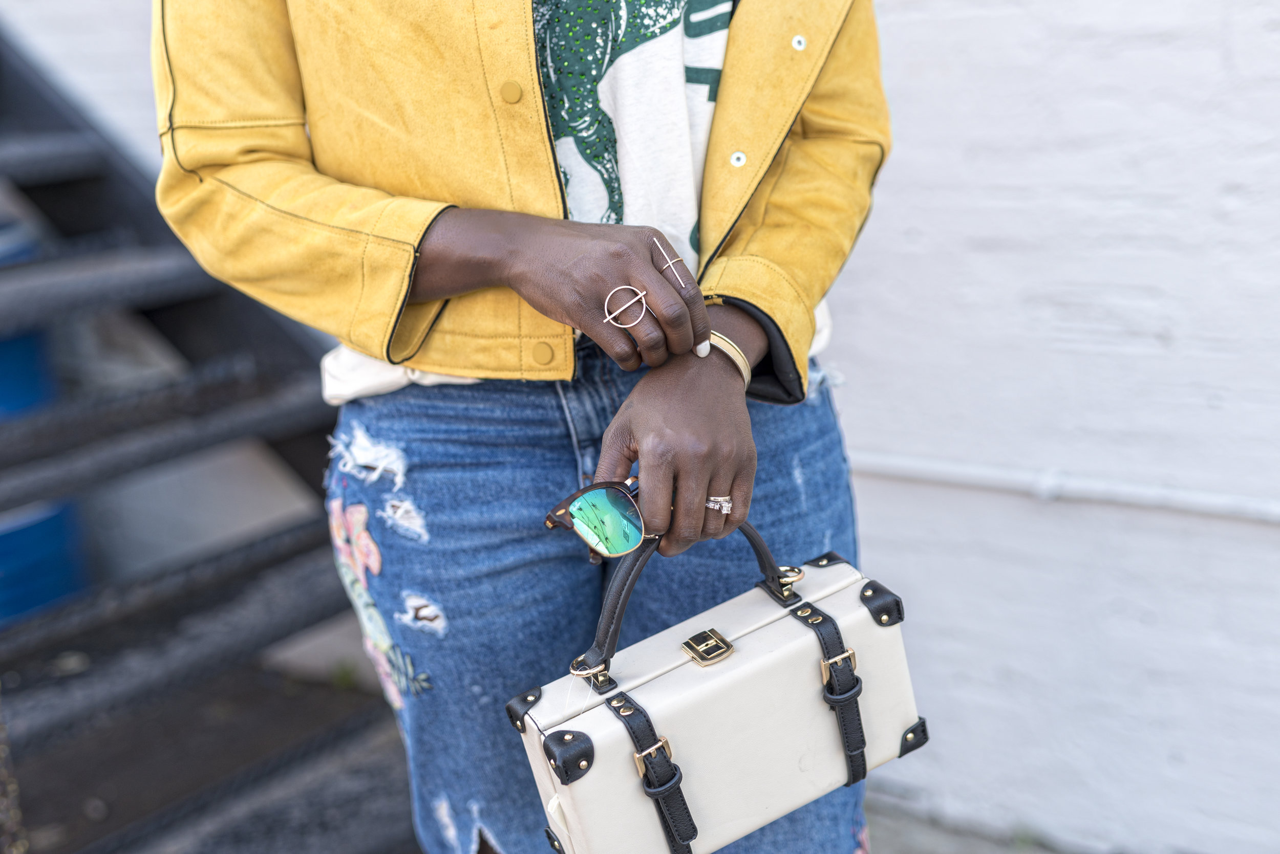 casual-fall-style-Zara-yellow-jacket-graphic-tee-dayna-bolden9.jpg