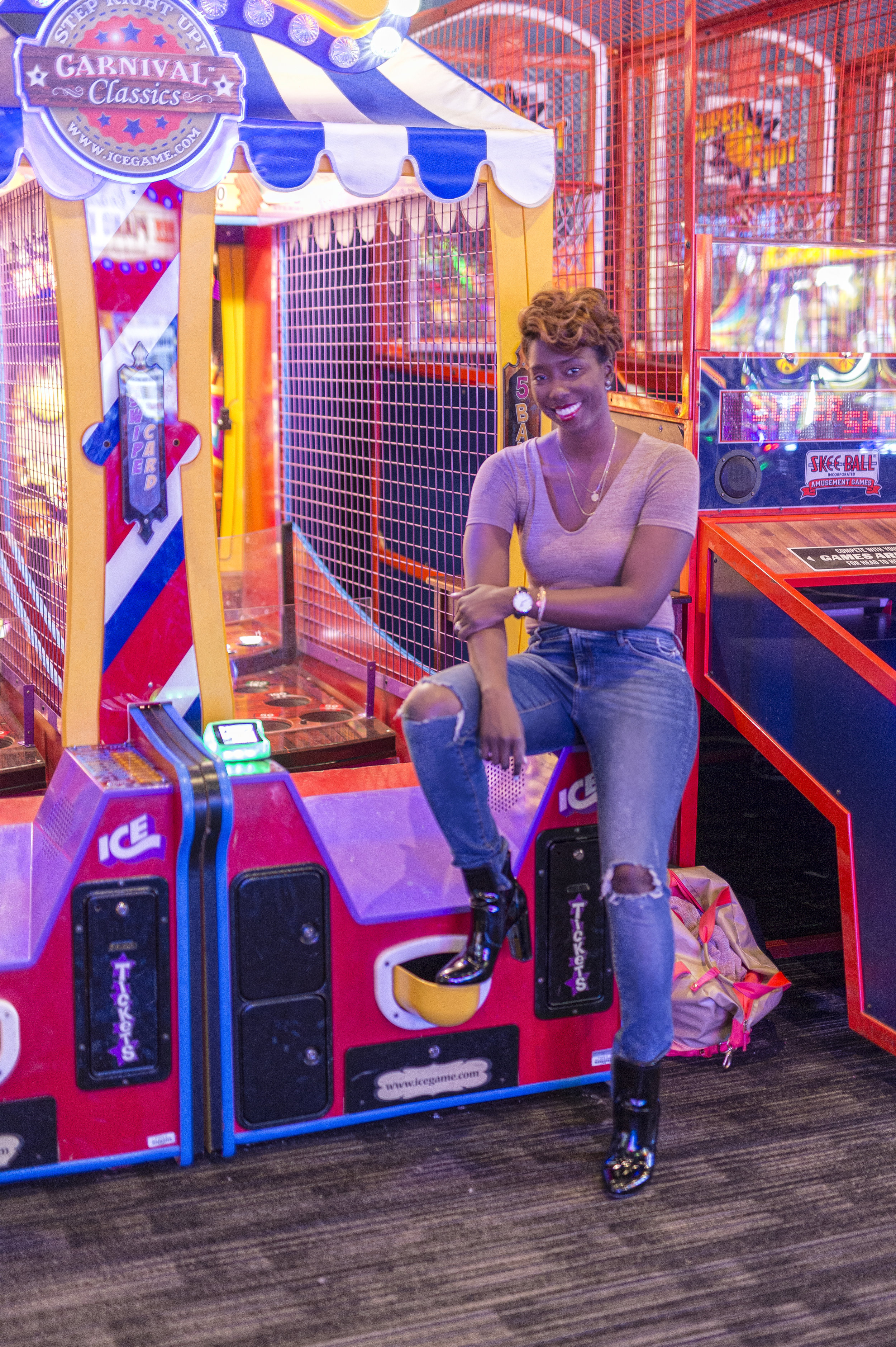 dave-and-busters-dayna-bolden.jpg