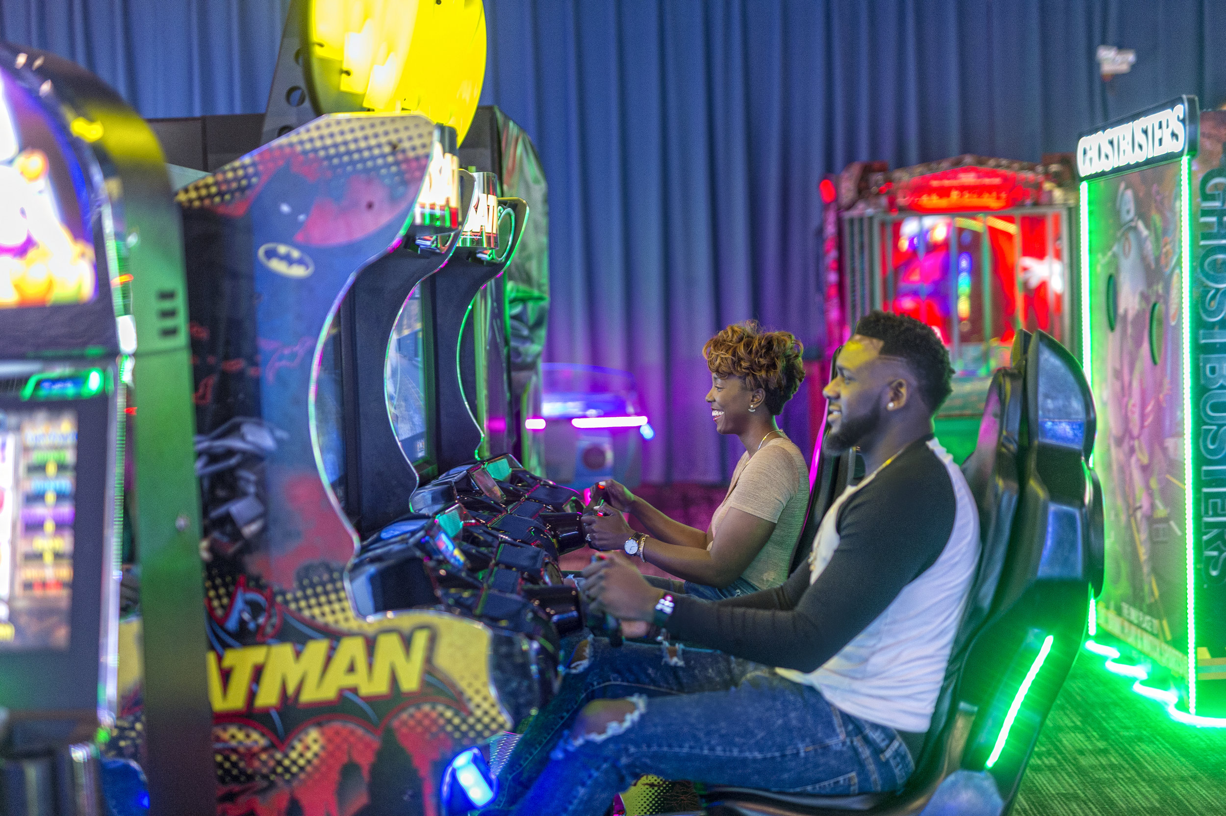 themBoldens_dave-and-busters-black-love-6.jpg