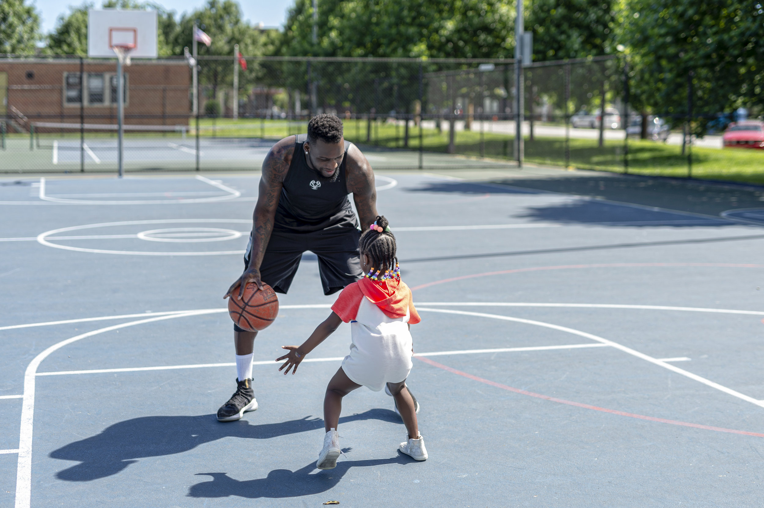 FATHER-DAUGHTER-BASKETBALL-THEMBOLDENS-FAMILY.jpg