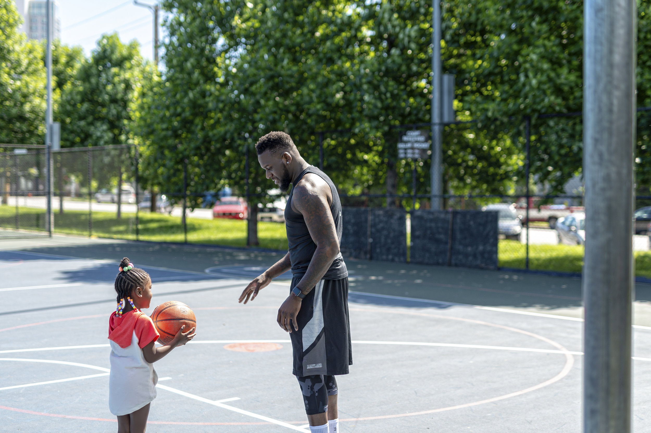 FATHER-DAUGHTER-BASKETBALL-THEMBOLDENS-FAMILY2.jpg