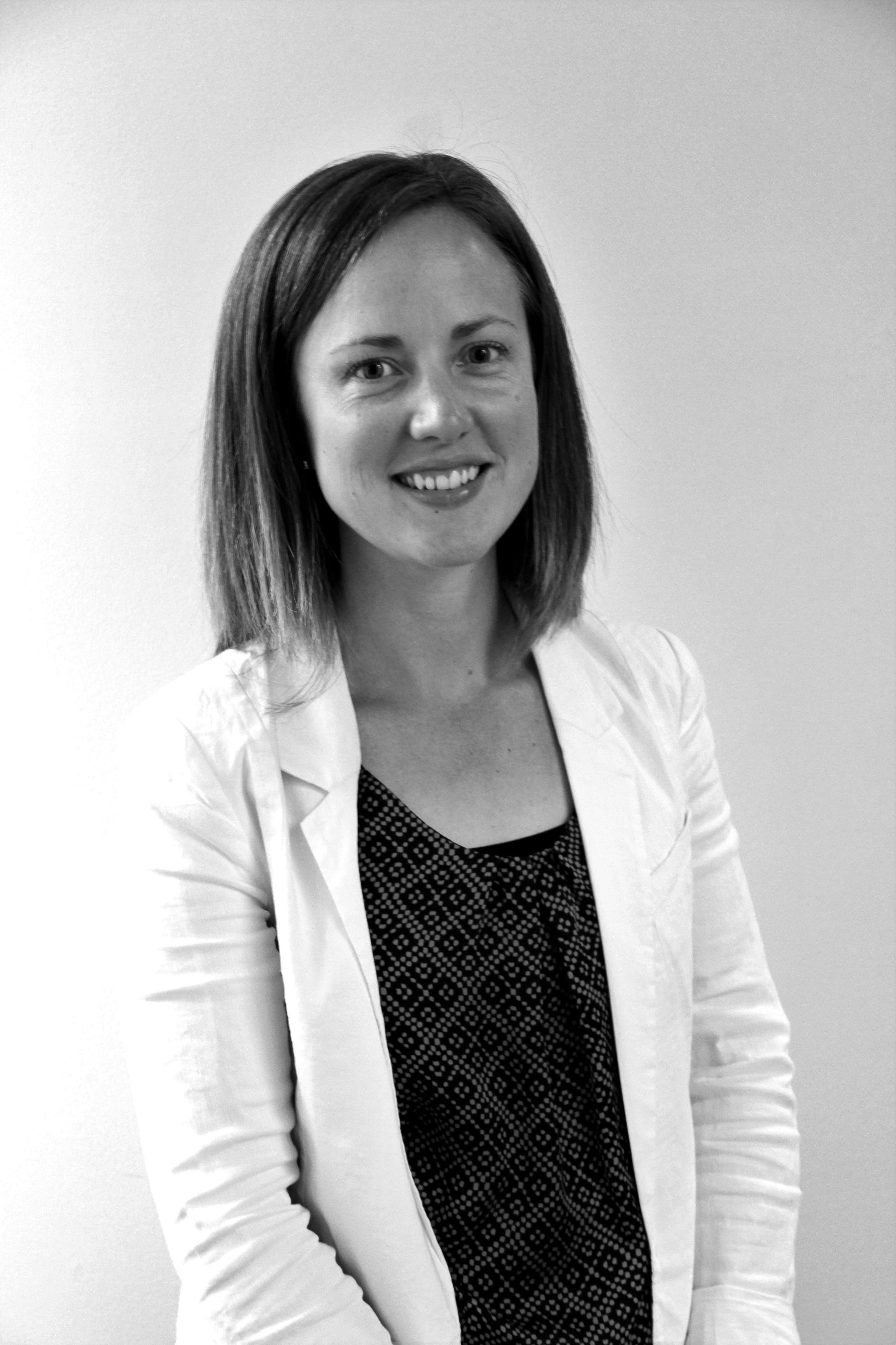EMMA SMITH  SENIOR COMMUNICATIONS CONSULTANT