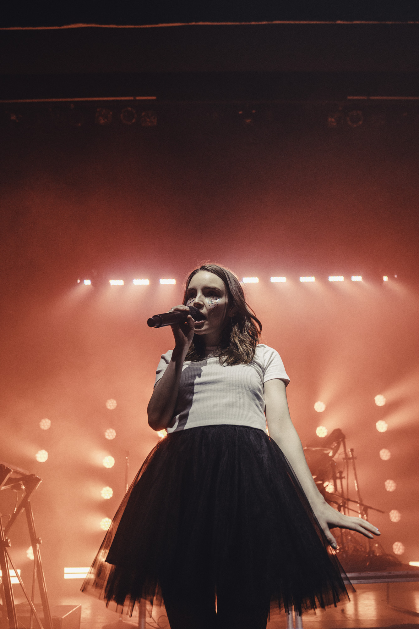 CHVRCHES_Danforth_Indie88_Toronto_Jumper_16.jpg