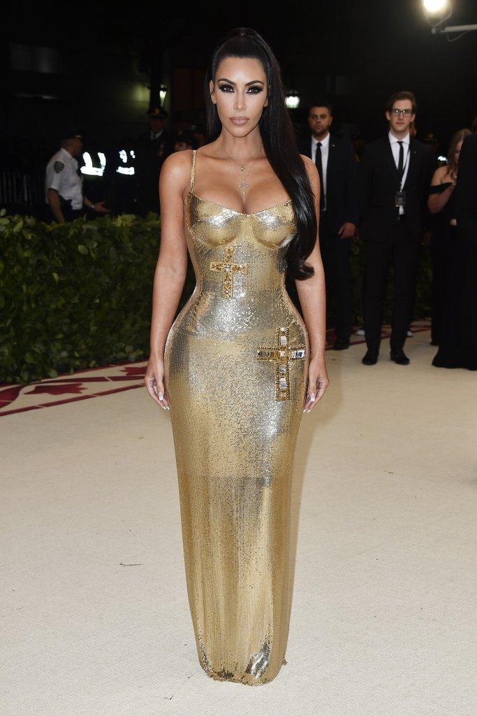 Kim-Kardashian-Versace-Dress-2018-Met-Gala.jpg