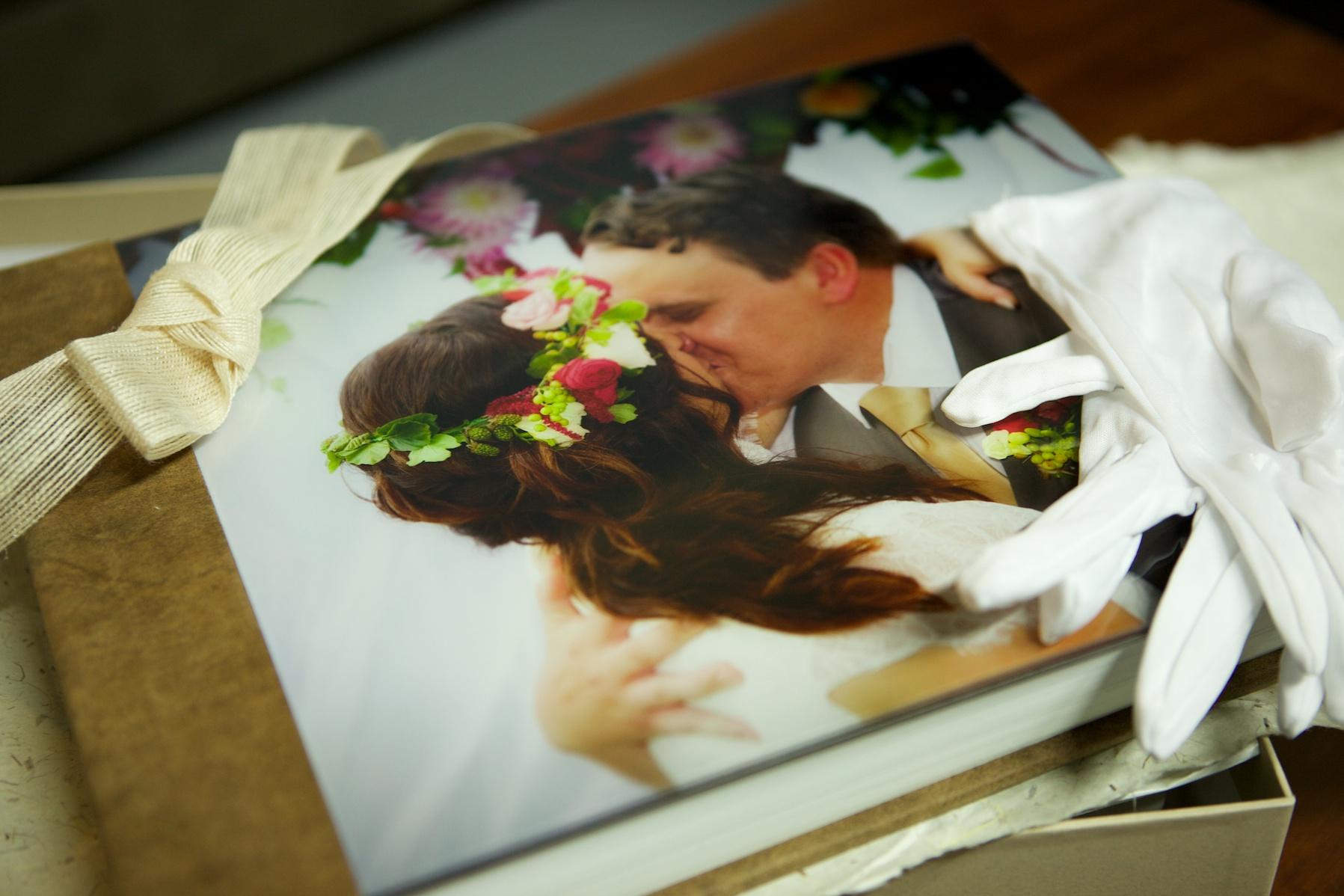 Claudia_Jason_Wedding_Album.jpg