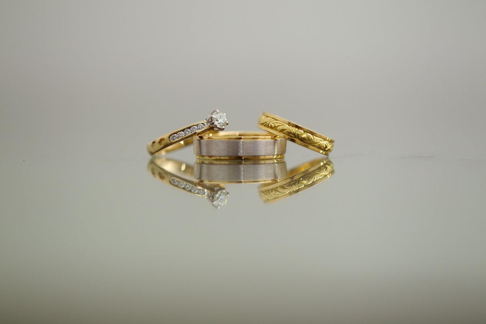 Zoe_Luke_Wedding_Rings 2.jpg