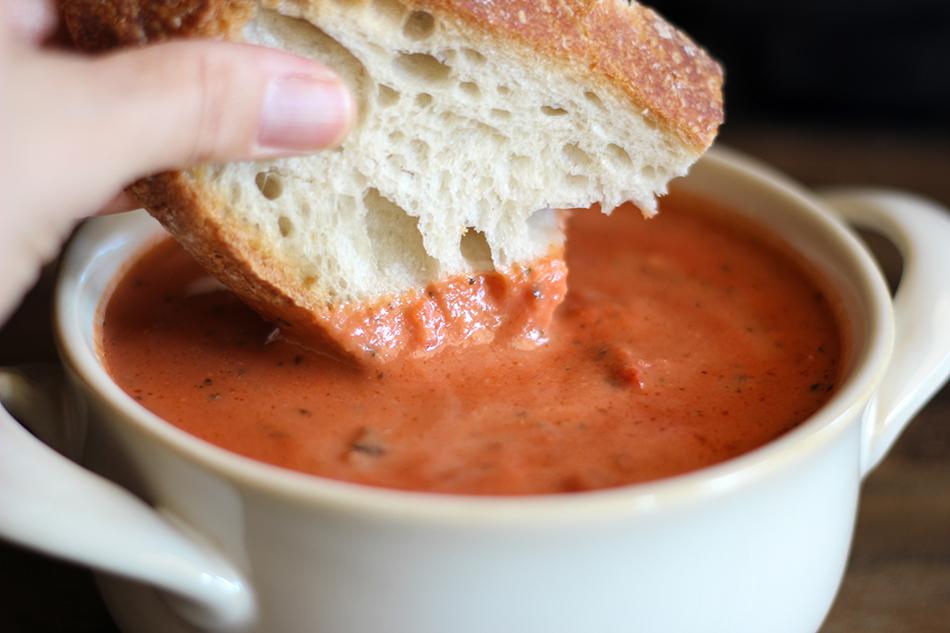 Vegan Tomato Soup-12.jpg