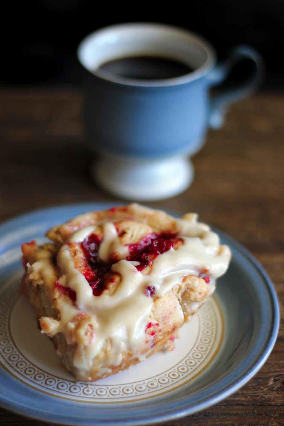 Vegan Cranberry Cinnamon Rolls 9.jpg