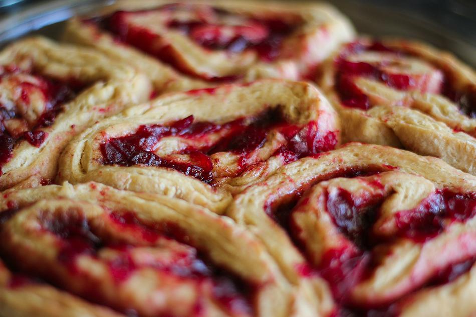 Vegan Cranberry Cinnamon Rolls 5.jpg