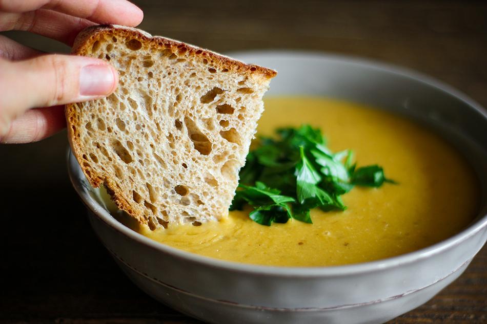 Vegan Creamy Garlic Wine Soup-22.jpg