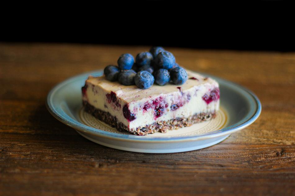 Vegan Blueberry Cheesecake-11.jpg