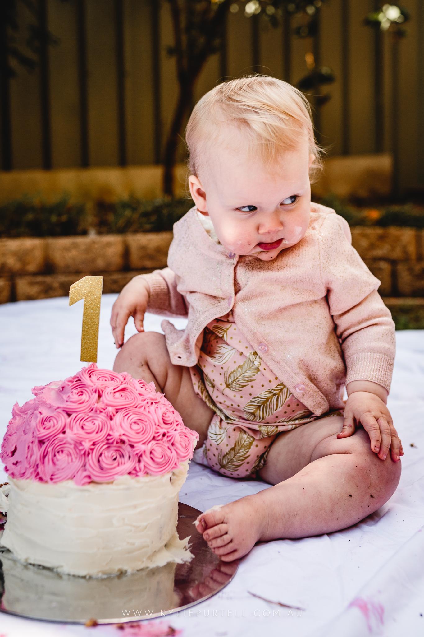 Florence 1st Birthday Cake Smash-21.jpg