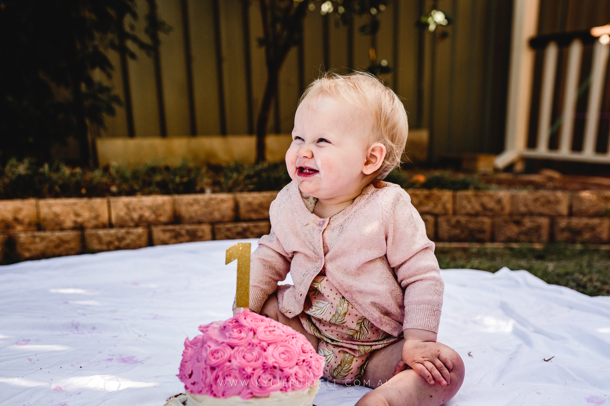 Florence 1st Birthday Cake Smash-22.jpg