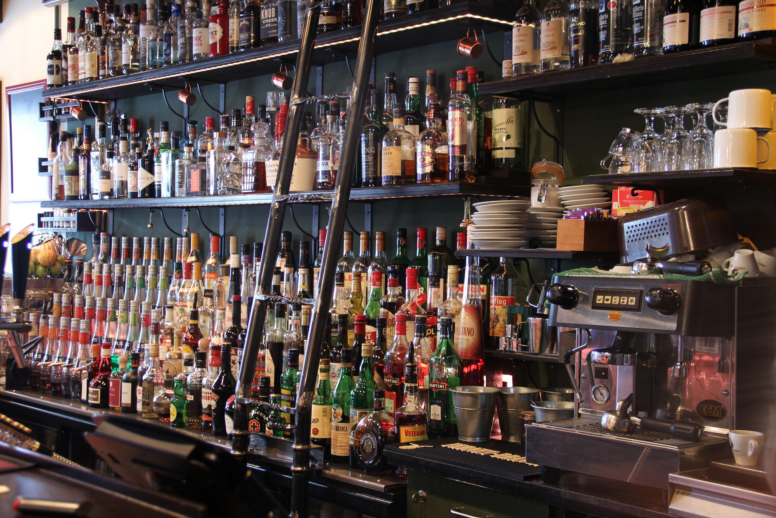 Schiebeleiter @ Bar-Capitol, Luzern