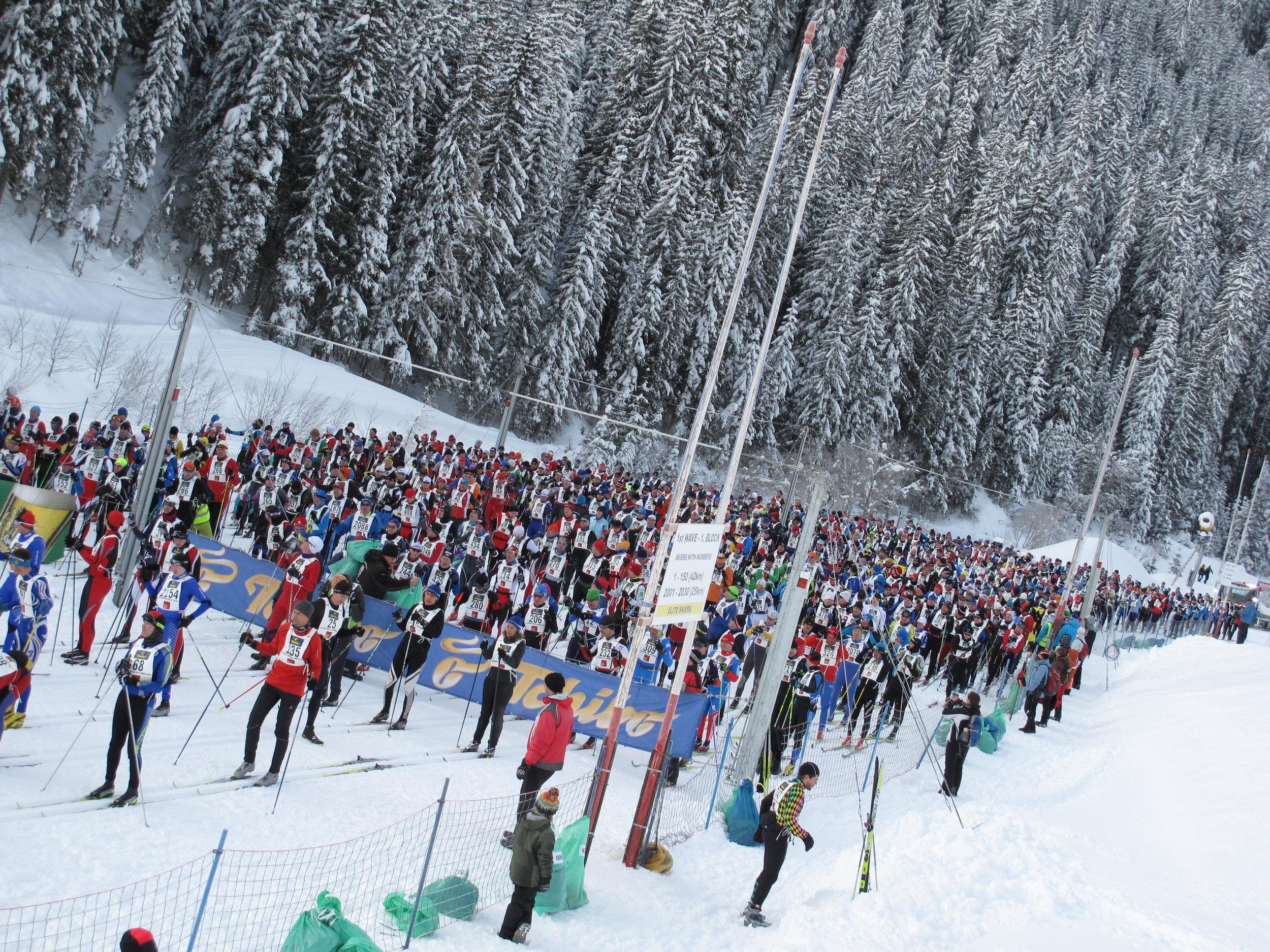 Start of the Dolomitenlauf classic race