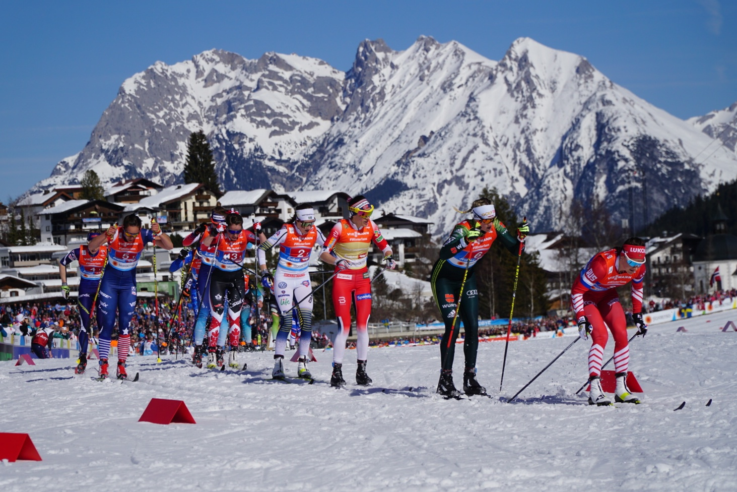 Women's field starts in the 4 x 5km relay at the 2019 Nordic World Championships in Seefeld