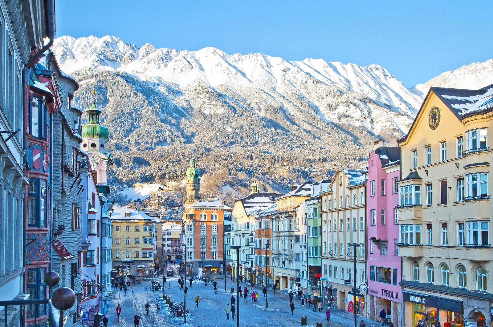 Innsbruck_Tourism - Innsbruck in Winter.jpeg