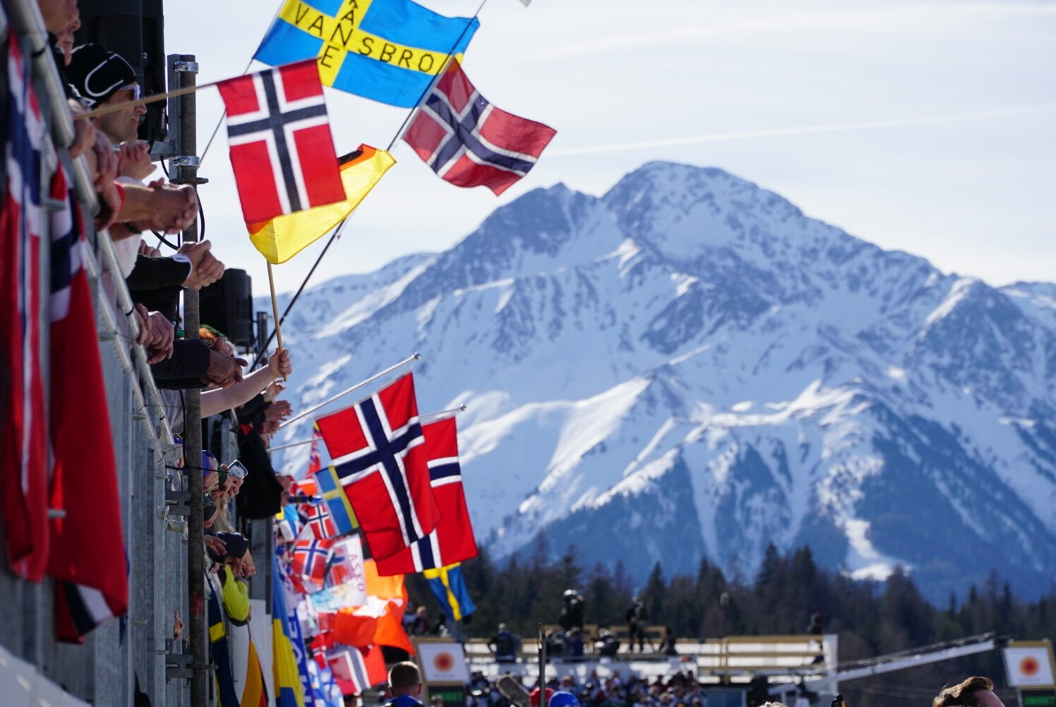 Full stands and big mountains at the Seefeld World Championships