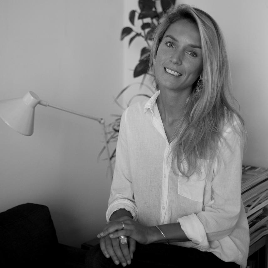 AGUSTINA MISTRETTA , Creative Director @ etherartsproject  >  BIO
