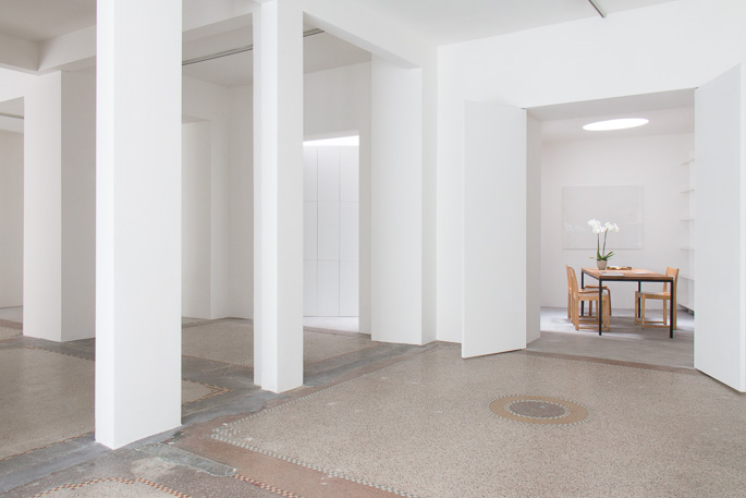 Dépendance gallery Brussels